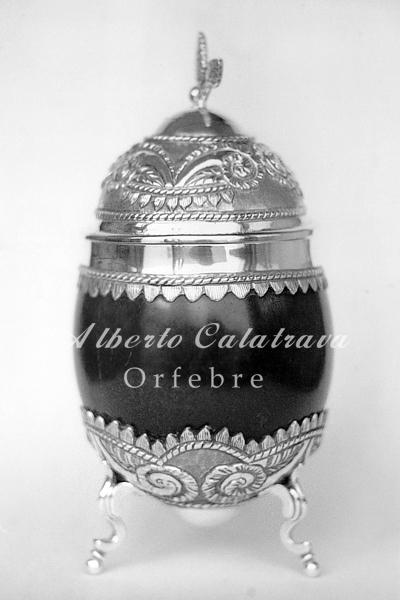 Yerbera de coco y Plata N°3